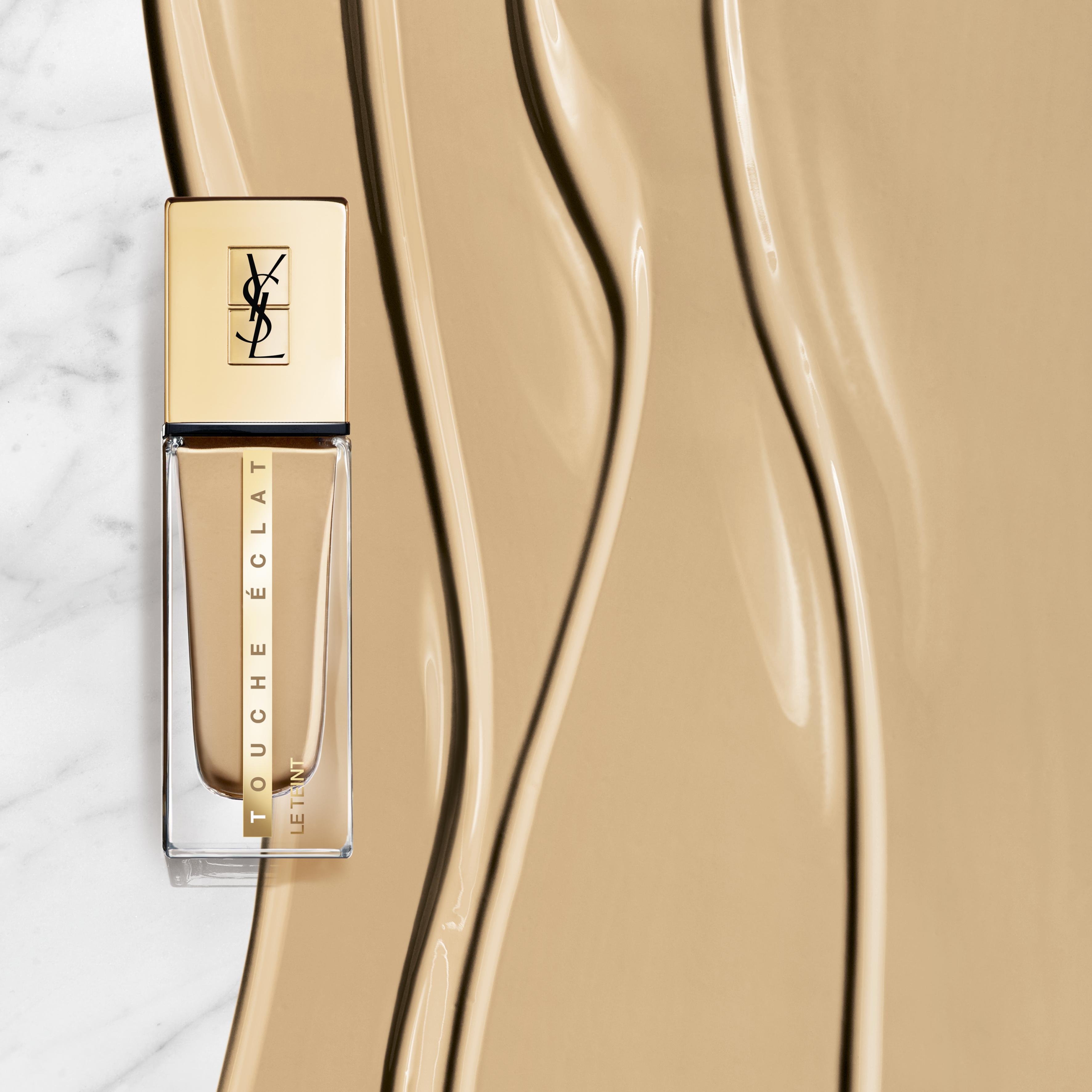 Yves Saint Laurent Le Teint Touche Eclat Foundation, B30