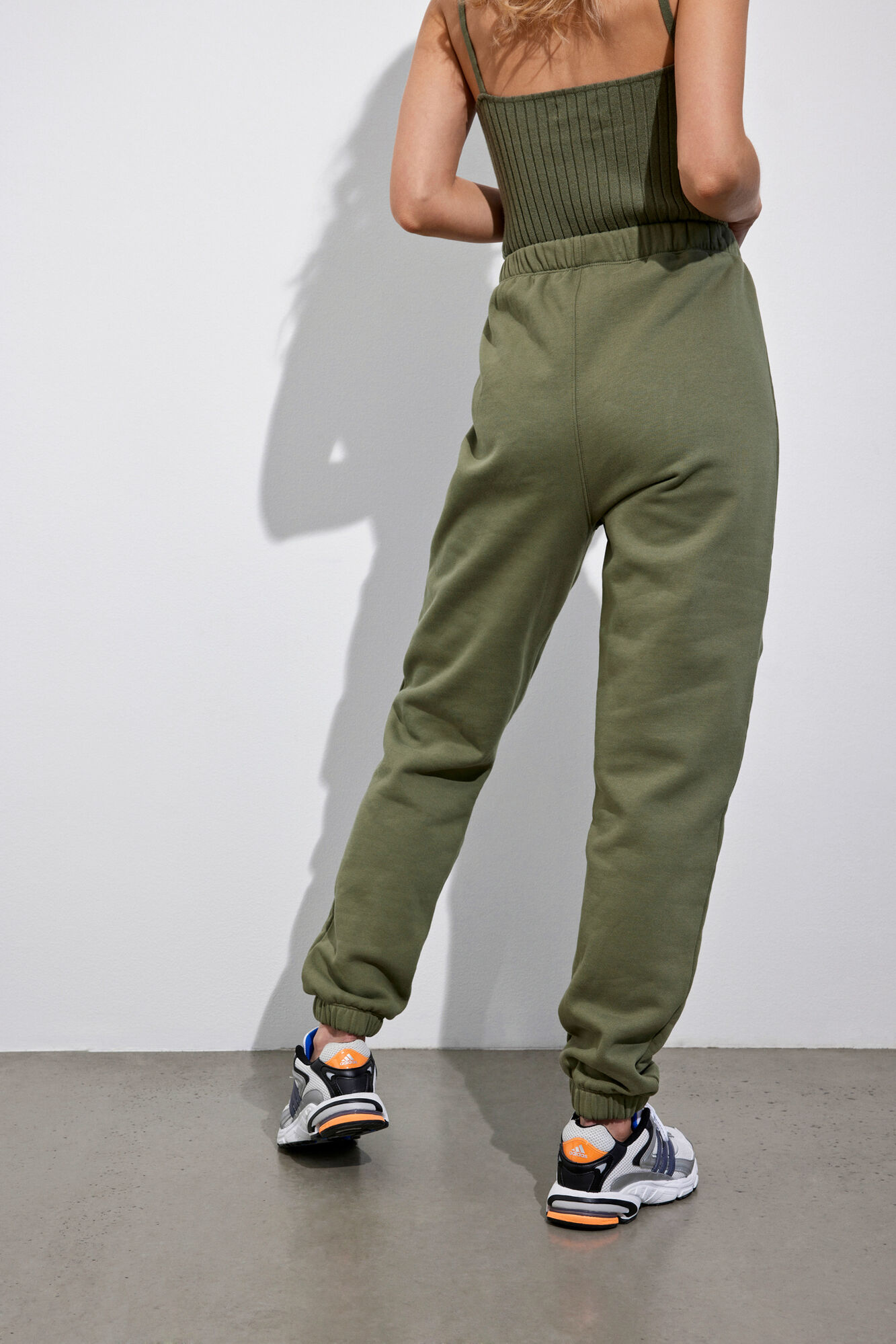 Envii Monoe sweatpants, deep lichen green, small