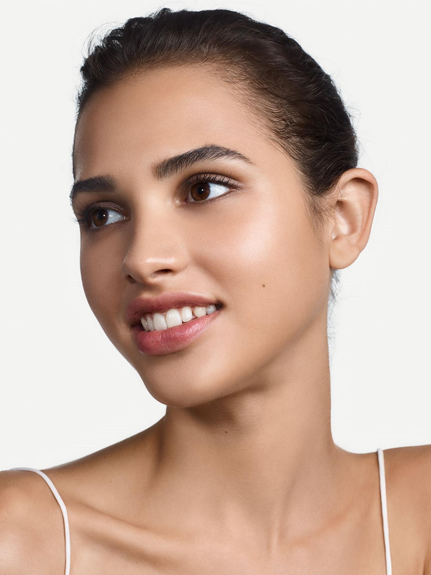 Clinique Even Better Refresh Hydratig & Repairing Makeup, cn 52 neutral