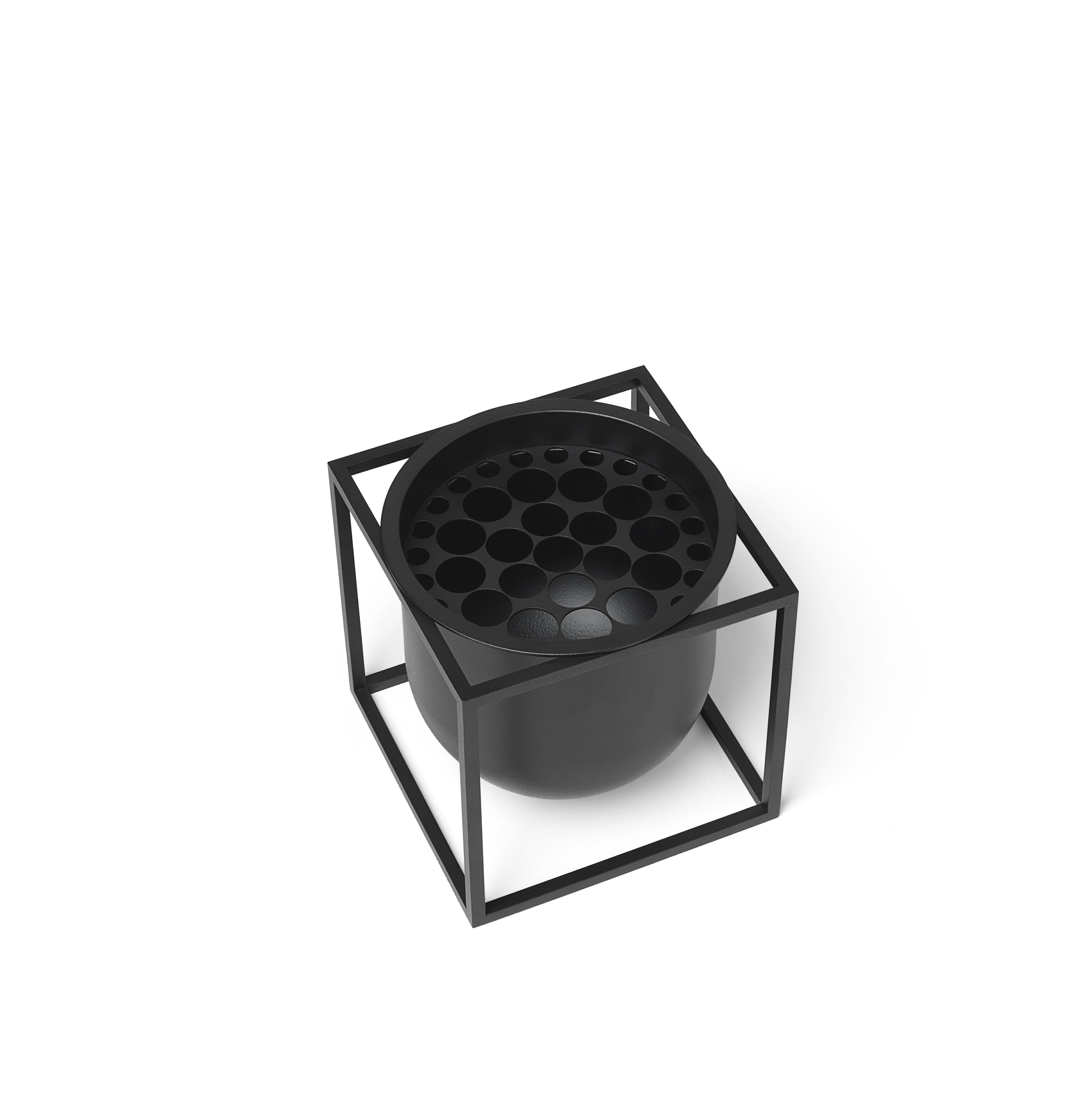 ByLassen Kubus Flowerpot 14, sort