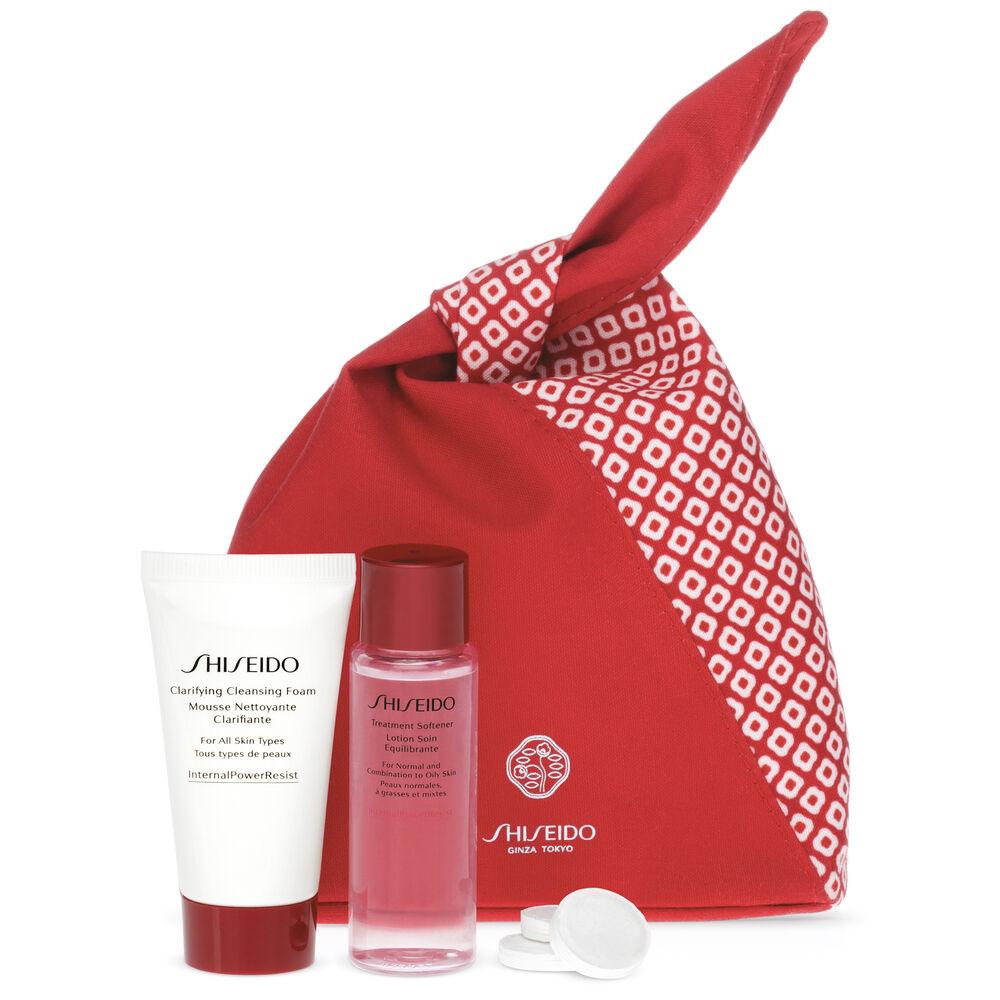 Shiseido Mini Cleanse & Balance Travel Kit
