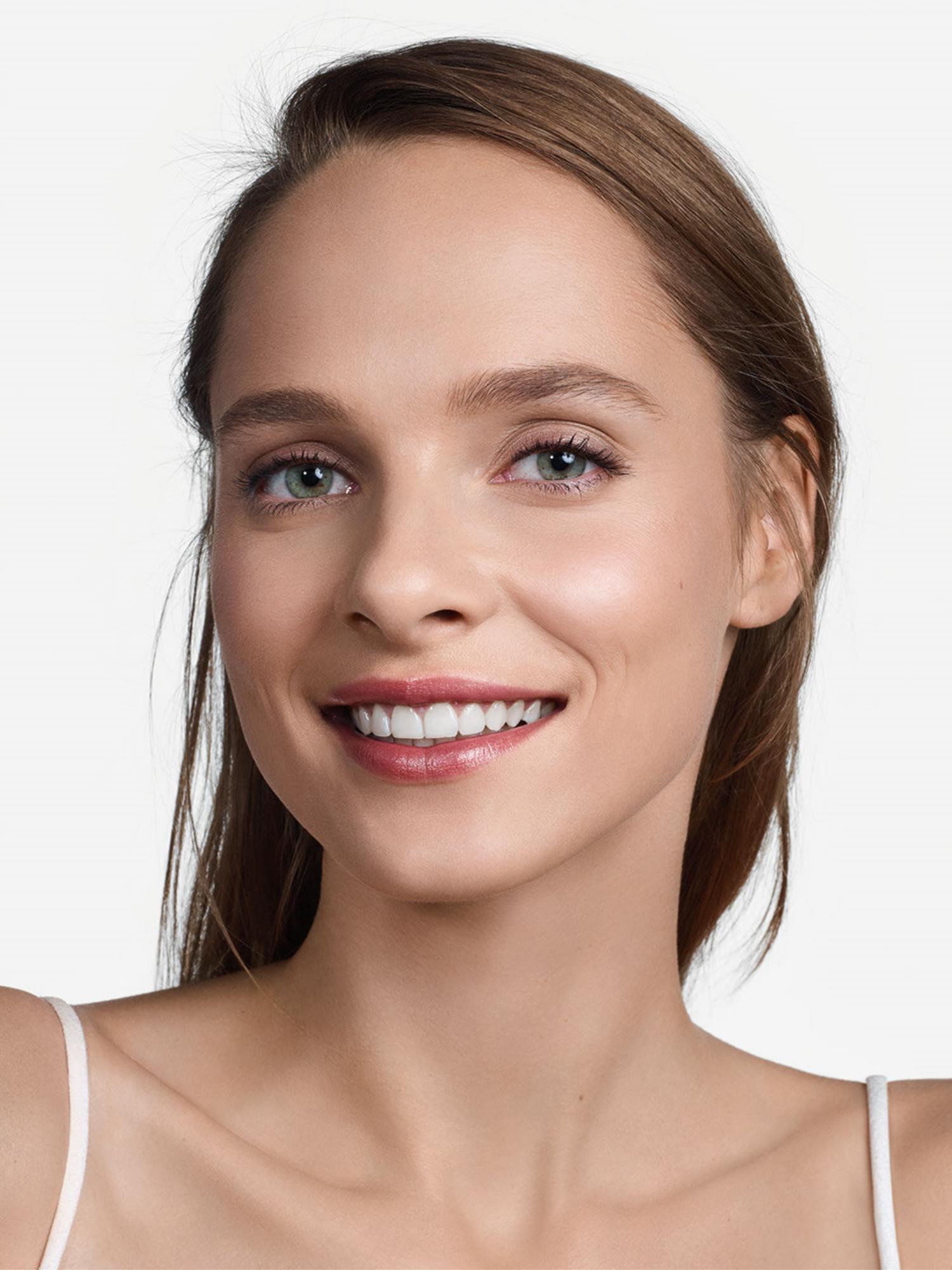 Clinique Even Better Refresh Hydratig & Repairing Makeup, cn 28 ivory