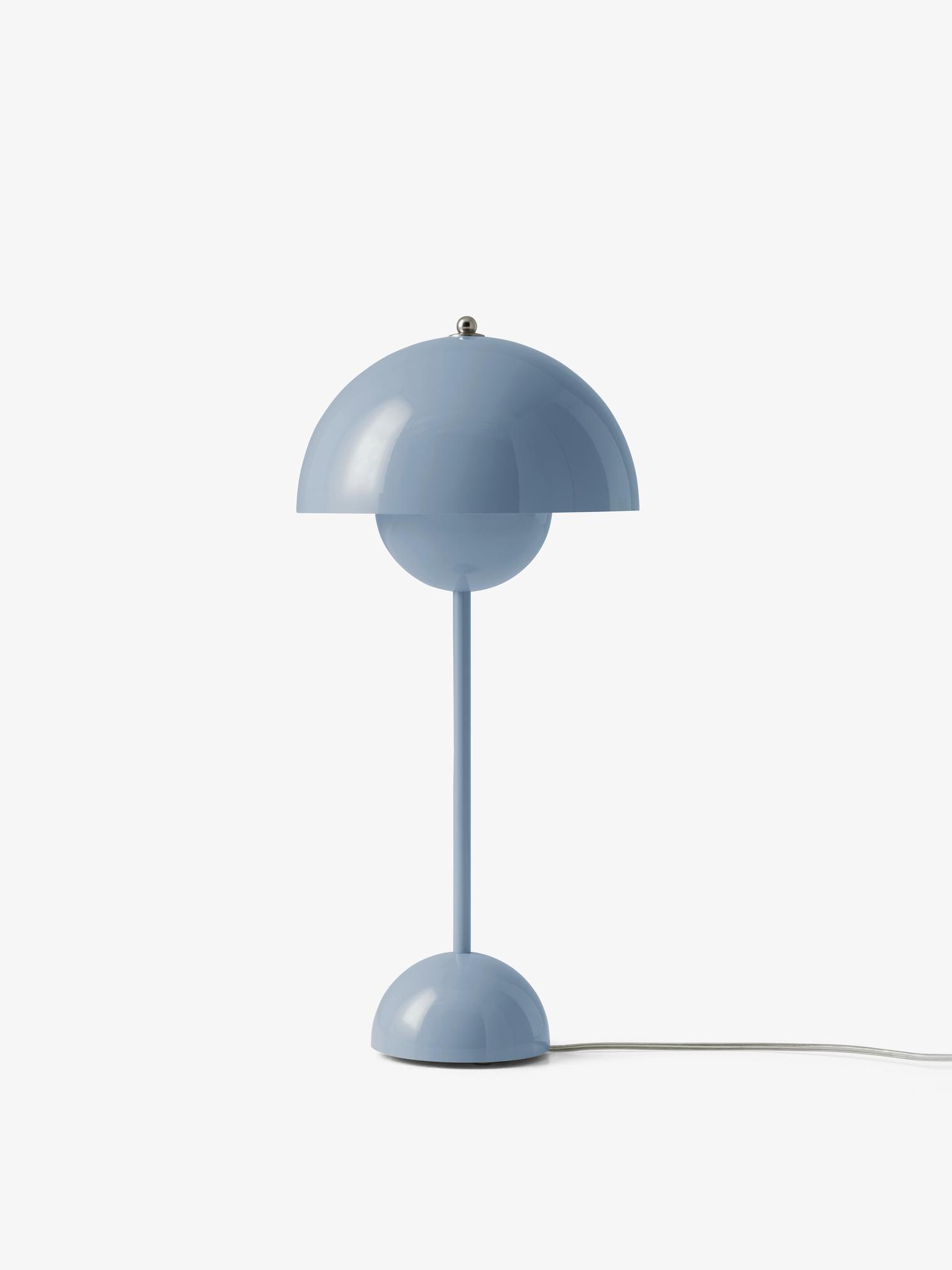 &tradition Flowerpot VP3 bordlampe, Ø23 cm, light blue