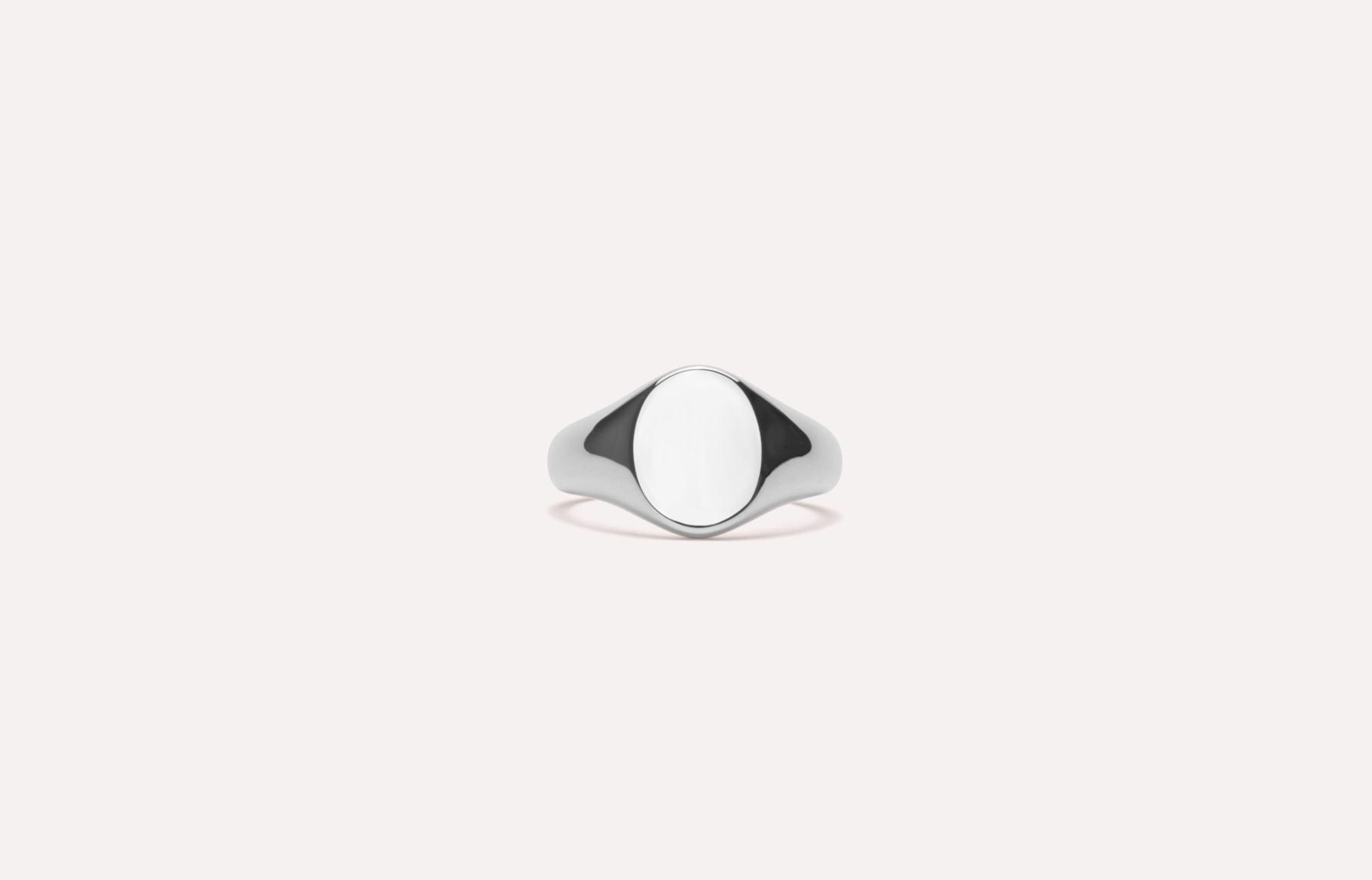 Frederik IX Studios mini oval signet ring, Silver, 56