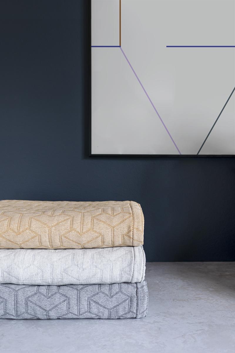 Mette Ditmer Trio sengetæppe, 250x250 cm, dark grey