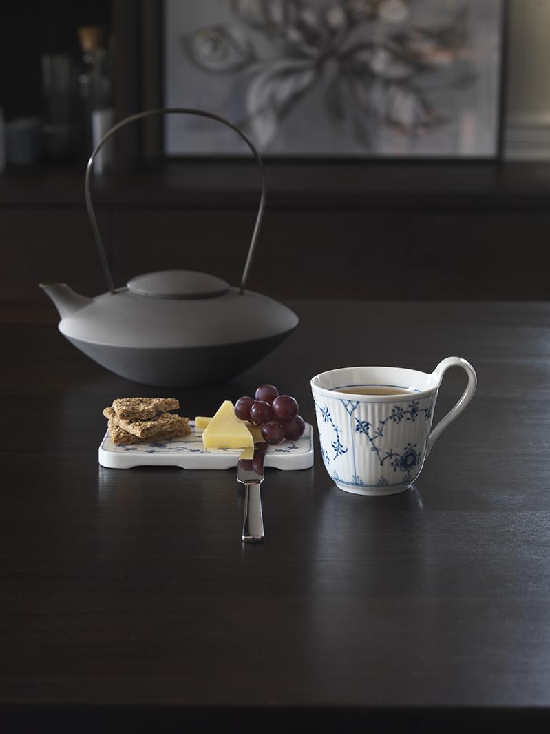 Royal Copenhagen Musselmalet Riflet højhankskop, 250 ml