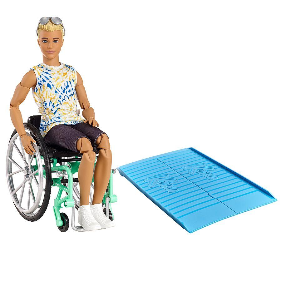 Barbie Ken i kørestol dukke