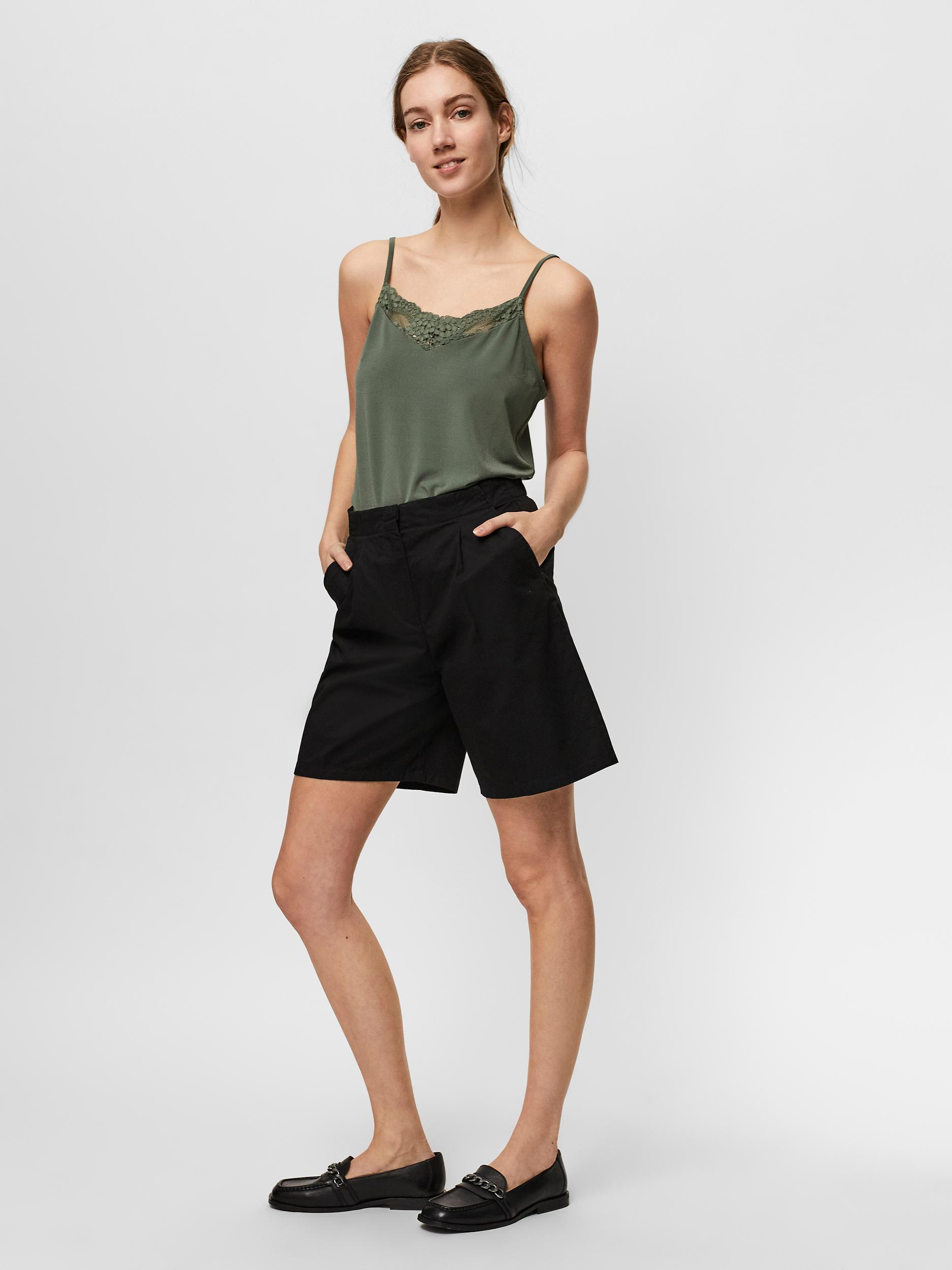 Vero Moda Charlie shorts, black, x-large