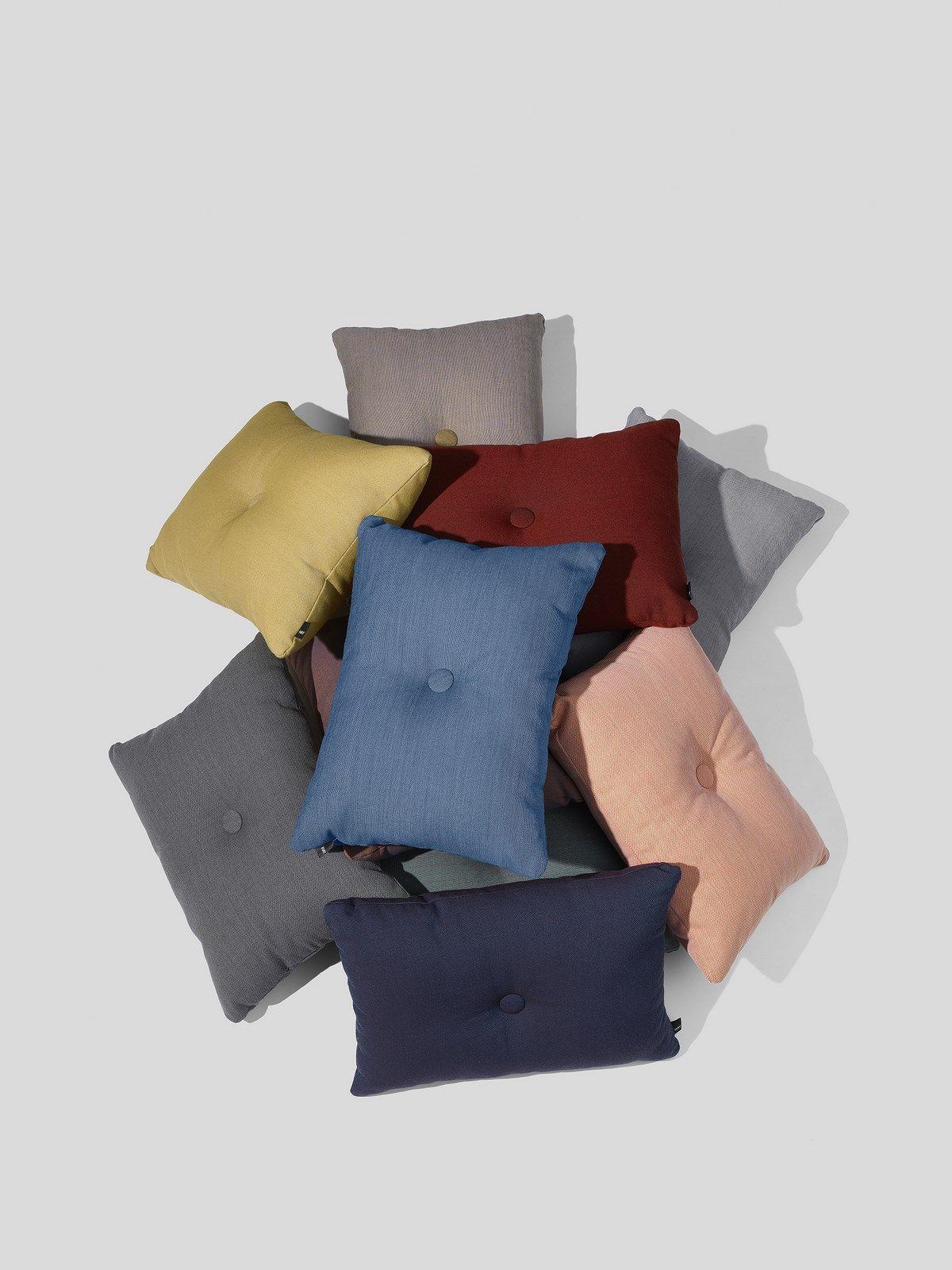 HAY Dot Cushion Steelcut pyntepude, 45x60 cm, candy