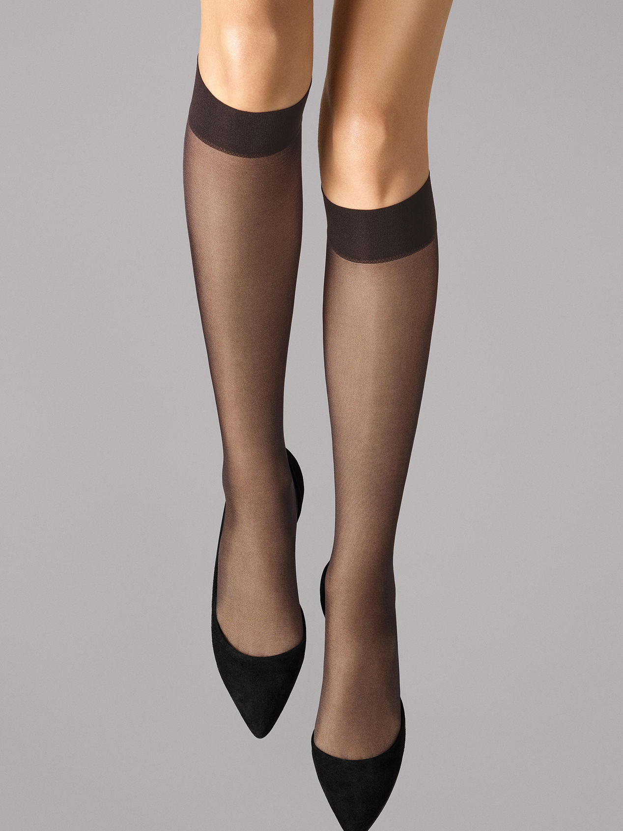 Wolford Satin Touch 20 Knee-Highs, nearly black, small