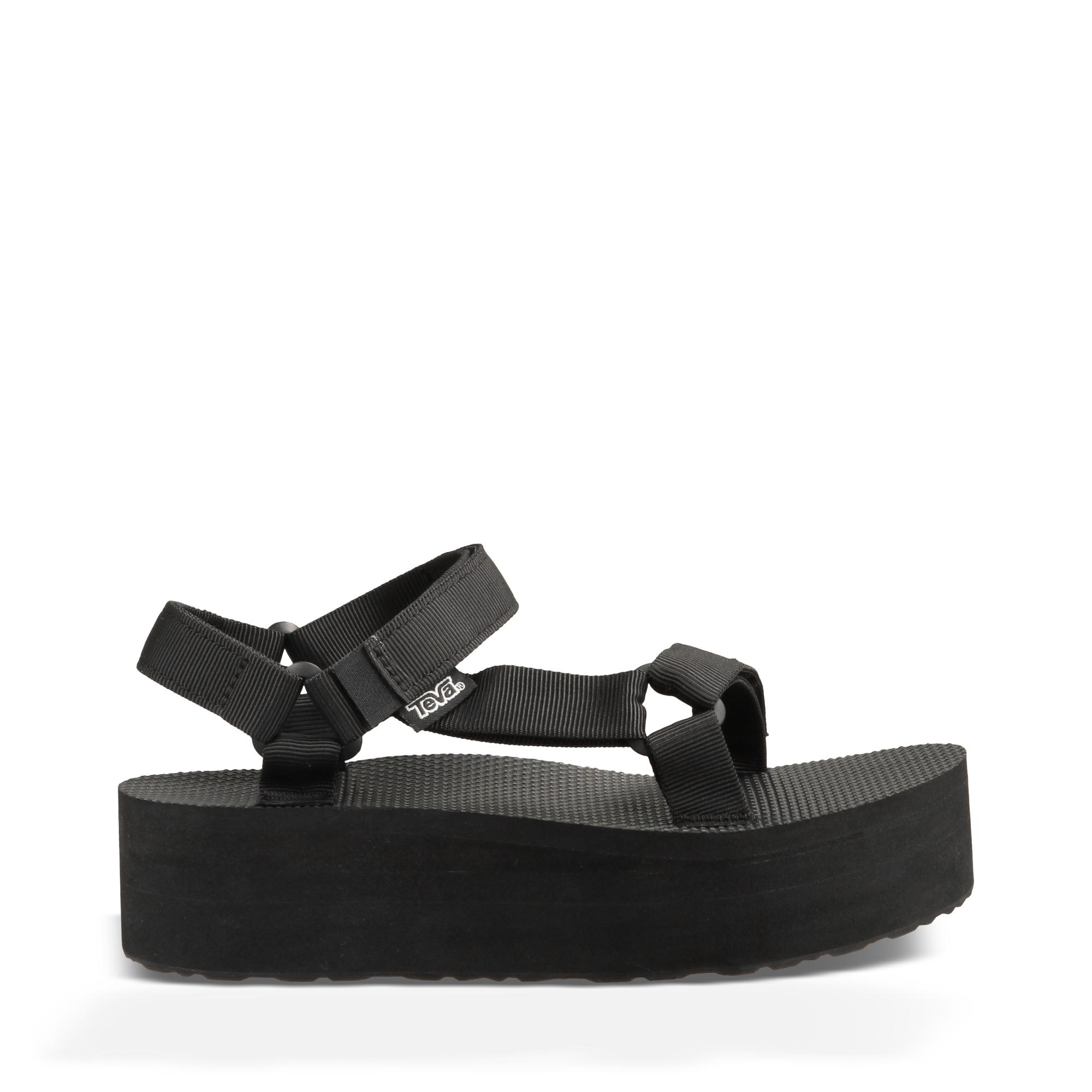 Teva Woman's Flatform Universal sandal