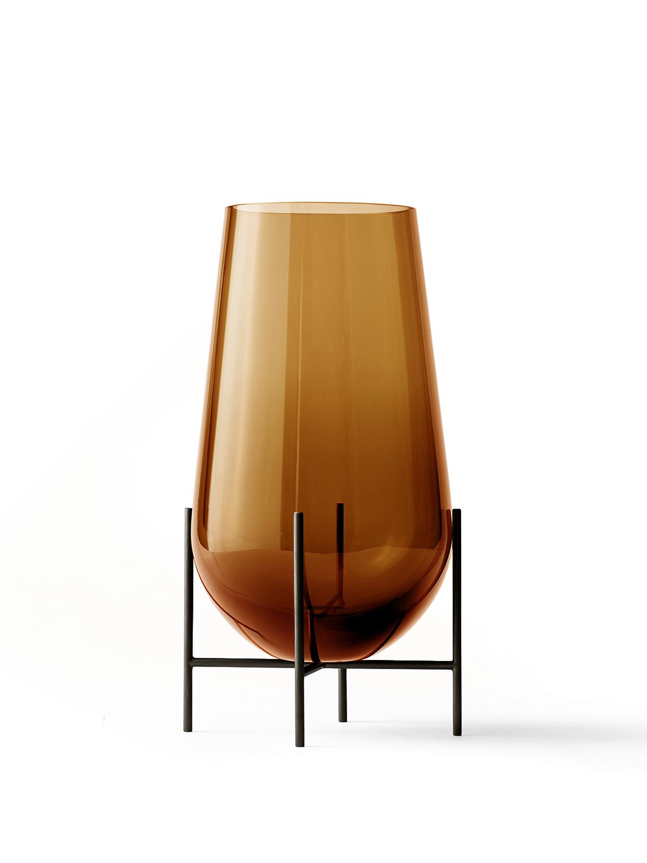 Menu Echasse vase, medium, amber/bruneret messing